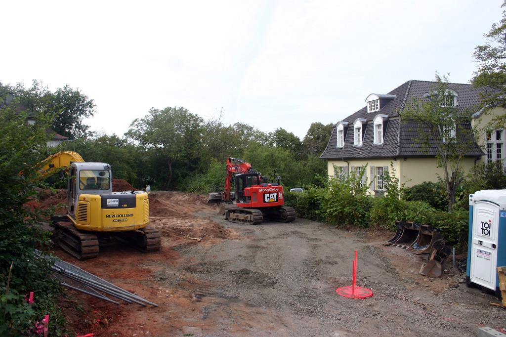 23. September 2012: Tatsachen werden geschaffen, die Baugrube ausgehoben